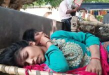 Farrukhabad: lathi-poles on two sides, more than half a dozen people injured.