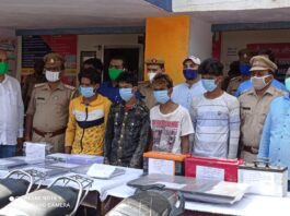 Kasganj: Police reveal the theft of Bharat Motors, four vicious thieves arrested